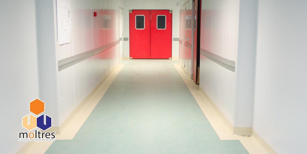 instalacion-de-pisos-vinilicos-para-hospitales-003