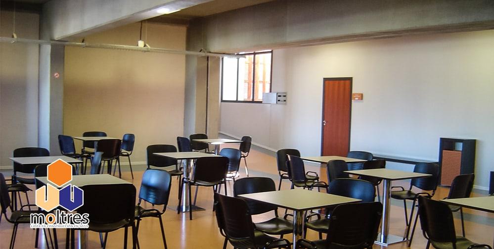 pisos-vinilicos-de-alto-transito-para-instituciones-educativas-004