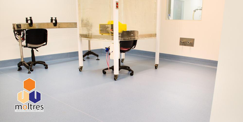 pisos-vinilicos-para-laboratorios-001